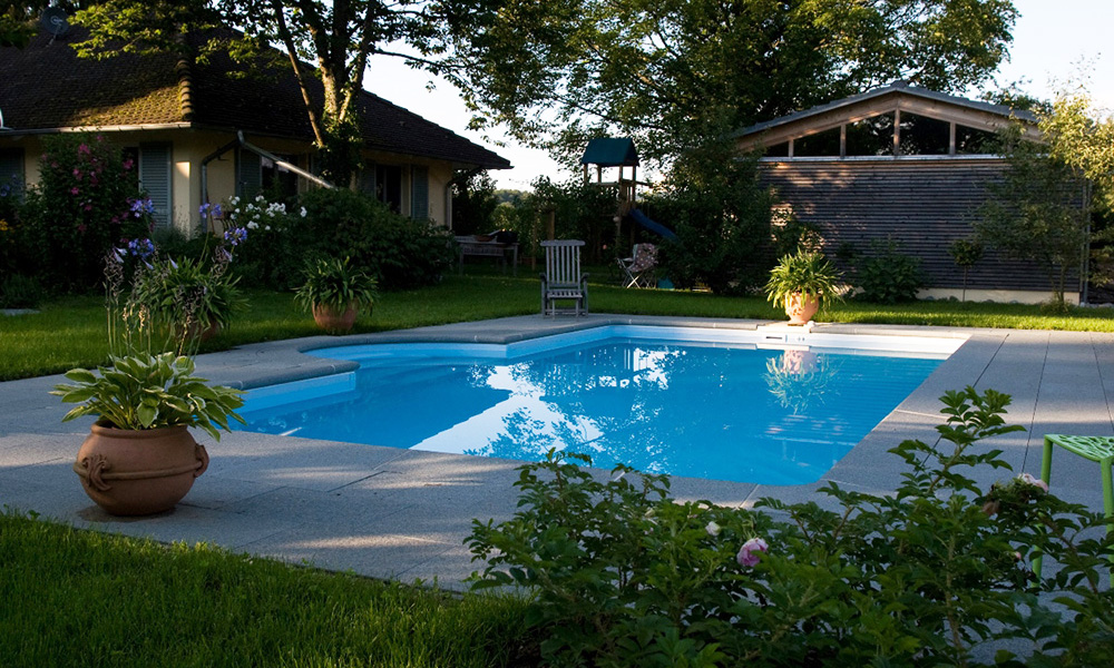 Pool im eigenen Garten Bodensee