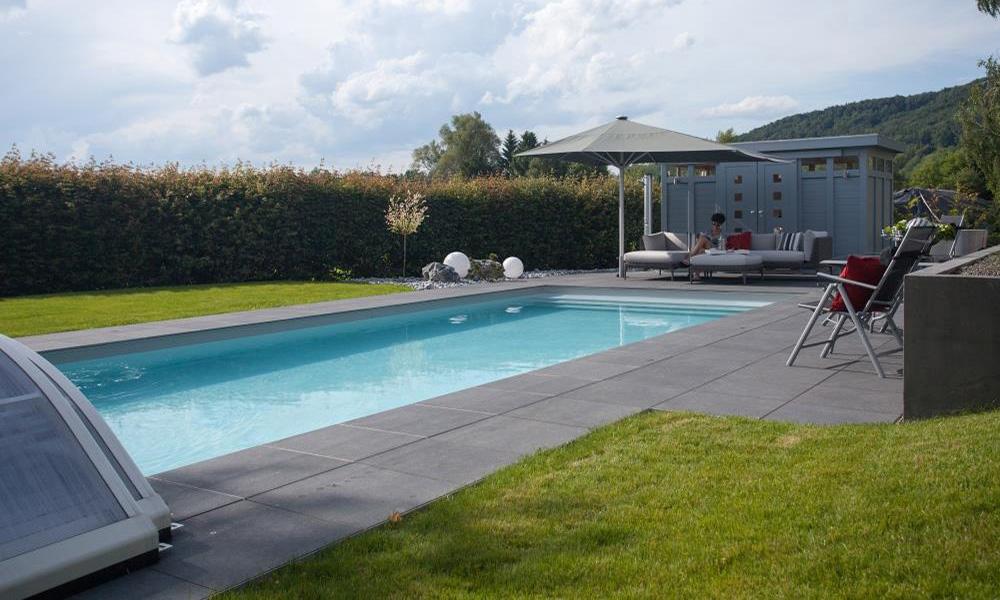 Pool im Garten Raum Bodensee