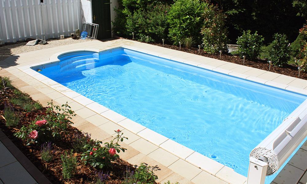 Poolbau filiale frankfurt fulda desjoyaux pools for Garten pool abdeckung