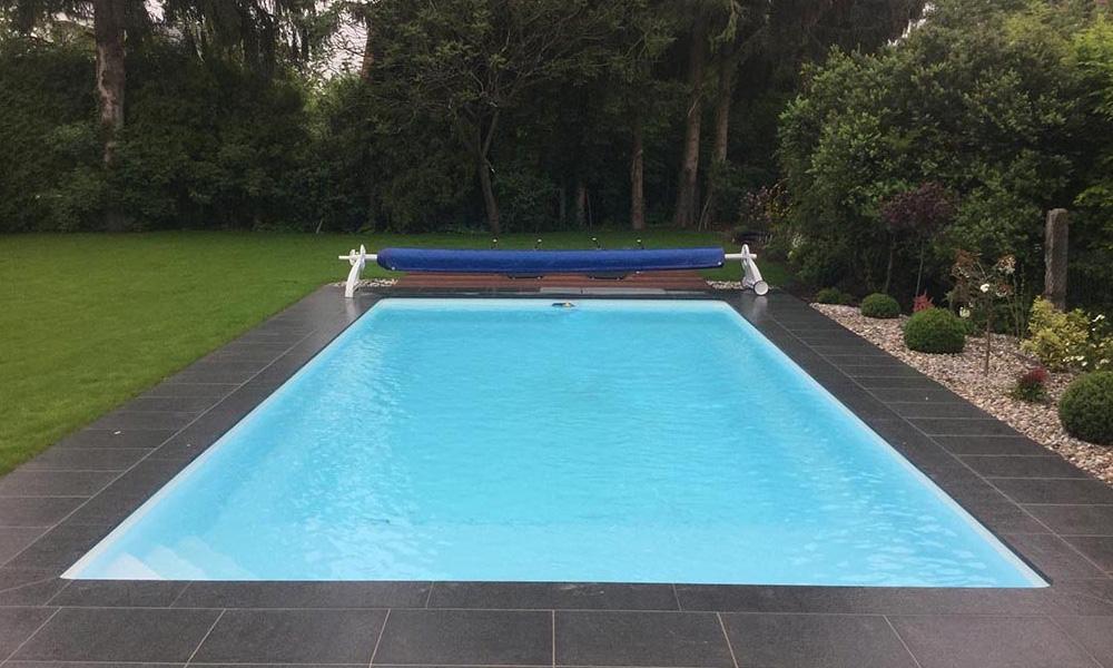 Poolbau München Desjoyaux