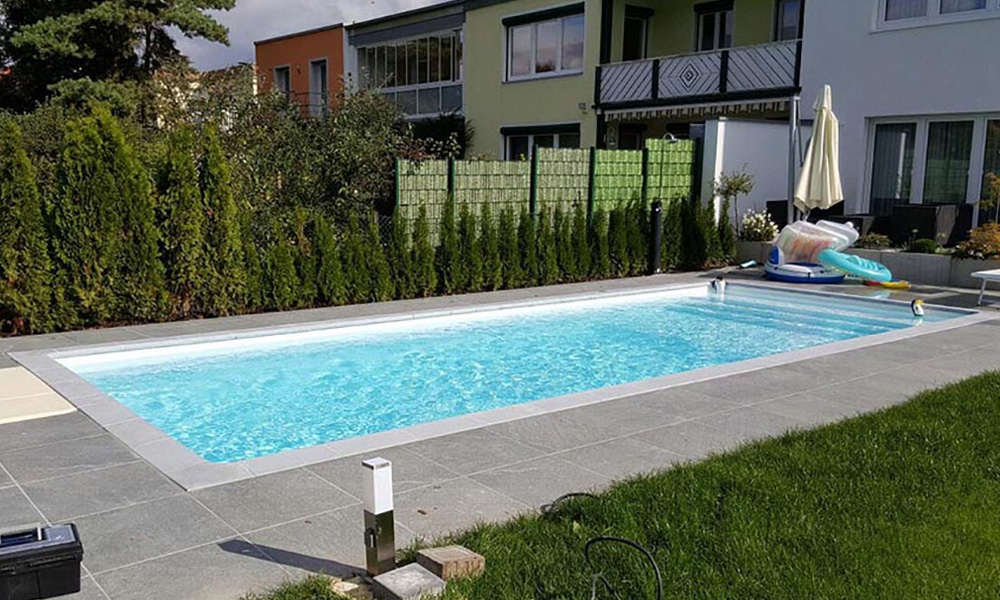 Schwimmbecken München von Desjoyaux