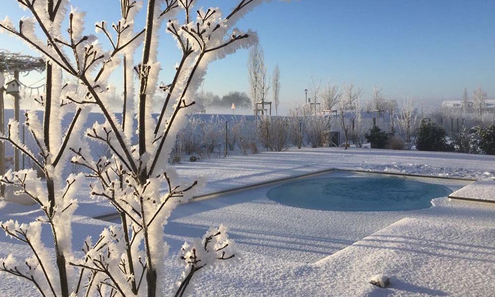 Swimmingpool Garten Winter St. Pölten