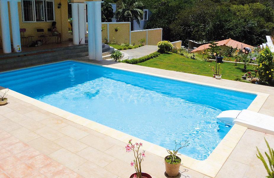 Schwimmbecken mit Desjoyaux Poolfilter Pfyn / Winterthur