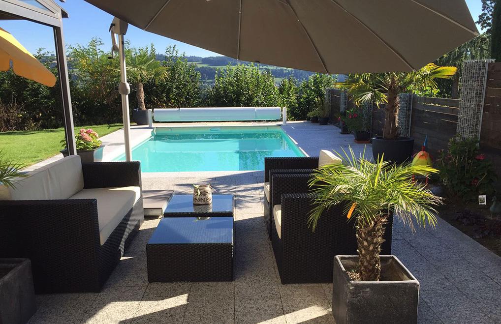 Terrasse mit Pool Wetzikon