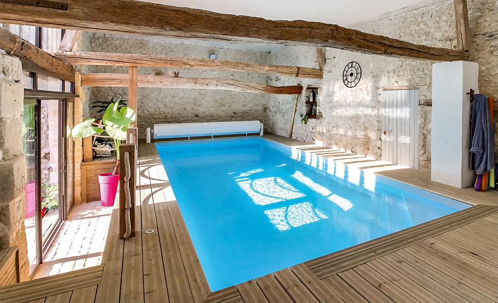 Pool im Haus